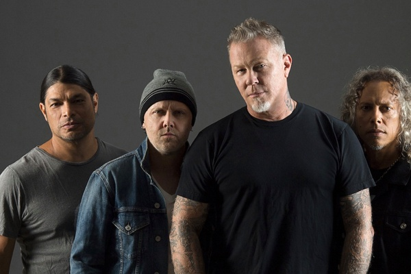 Twitch censors Metallica during Blizzconline performance for fear of DMCA