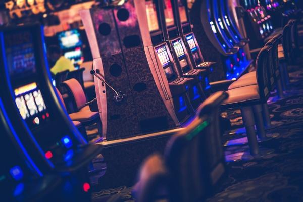 Glücksspiel auf Twitch: Casino, Poker und Giveaways